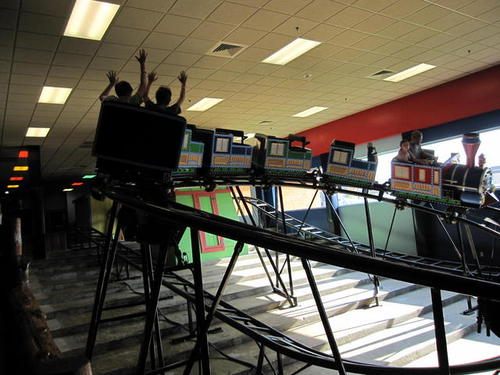 Knuckle Heads Bowling And Indoor Amusement Park In