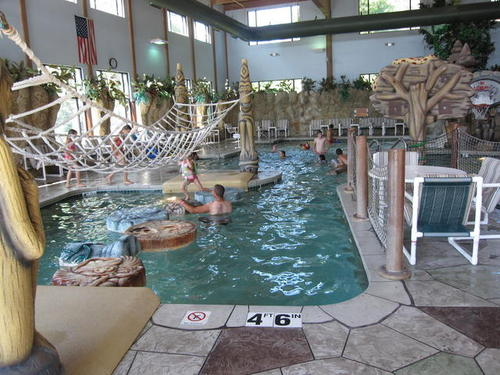 Wisconsin Dells Golf Wisconsin Dells Resort: RainTree Resort And Water Park Hotel